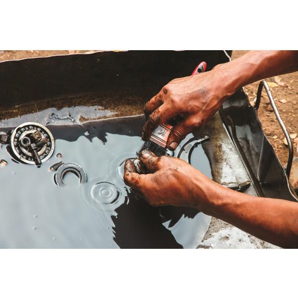 lavamotori parti meccaniche solventi naturali