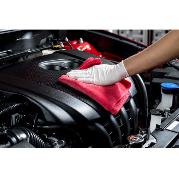 rimuovi grassi motore pulizia residui
